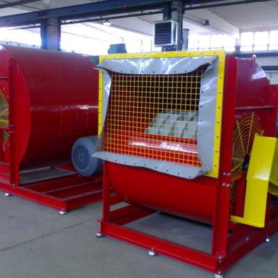 Roter Radialventilator mit Rauchgasgebläse